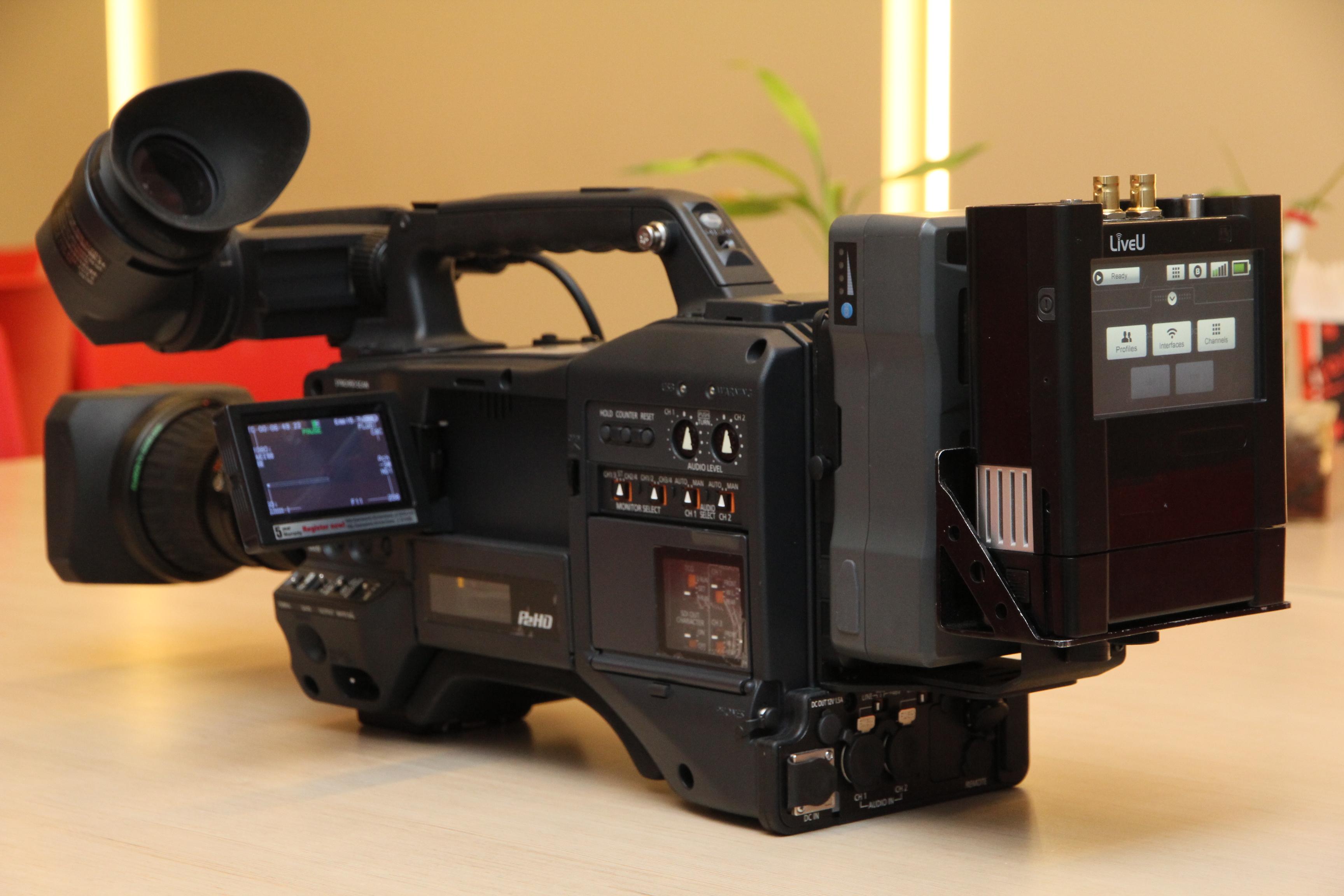 Panasonic liveu team up for mobile cellular tv cams for Camera web tv