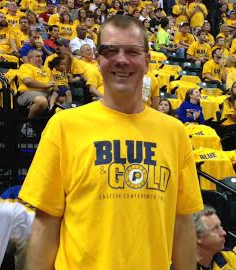 Former Pacer Rik Smits with Google Glass at Sunday's game.
